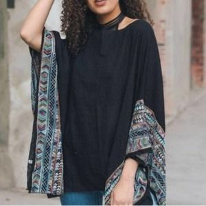 Nikki Oversized Tribal Print Blouse One Size